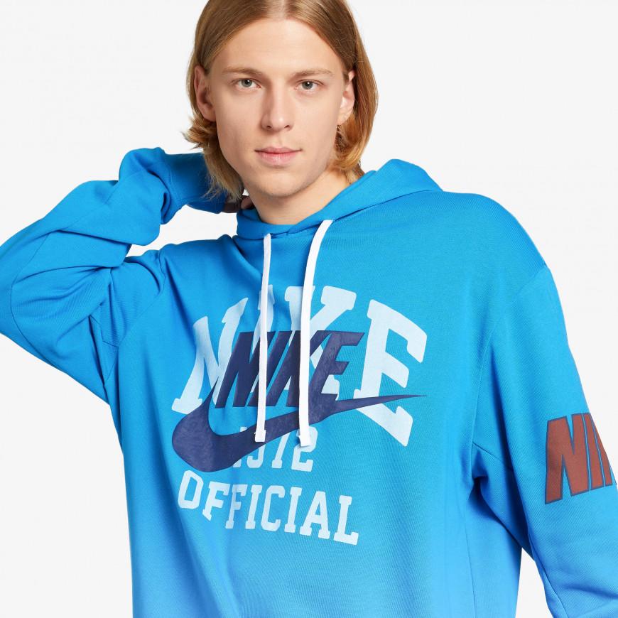 Nike Sportswear Trend